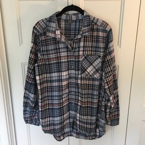 Eddie Bauer plaid lightweight flannel top - Lg